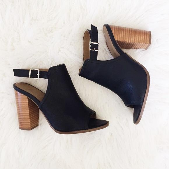 Covington Shoes | Black Block Heel Peep